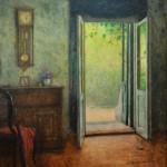 Interiér s otevřenými dveřmi